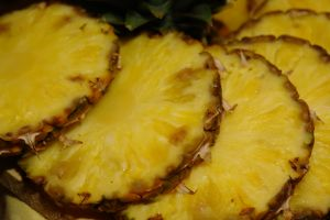 Pineapples to Stop IBS