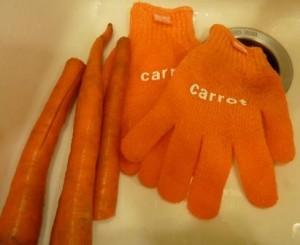 Fabrikators Skruba Gloves Veggie Scrubbing Gloves Review
