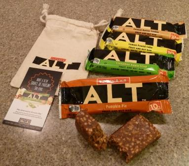 Larabar ALT Pumpkin Pie Fruit and Nut Bar Review4
