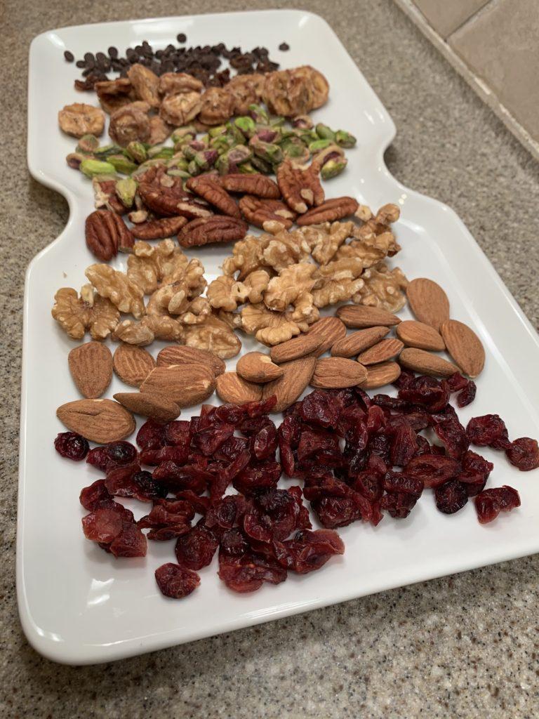 Easy and Tasty Antioxidant Trail Mix Recipe IMG_0642