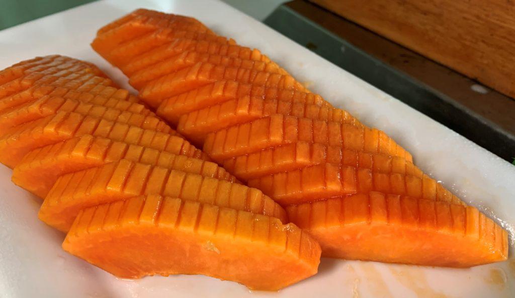 papaya papaw pawpaw cut up sliced Mahekal Beach Resort Playa del Carmen Fruit Photos IMG_0953