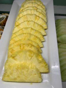 pineapple cut up sliced Mahekal Beach Resort Playa del Carmen Fruit Photos IMG_0778
