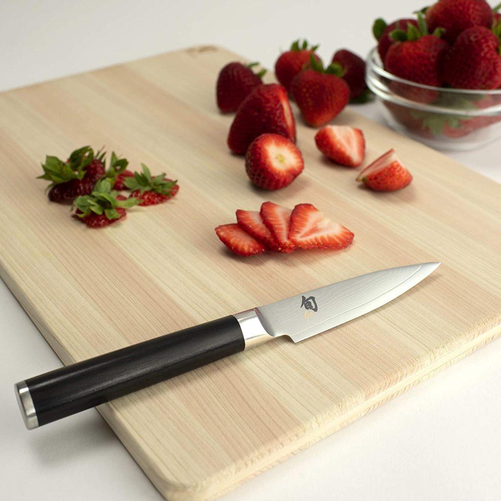 Shun Classic Paring Knife Fruit Knife Strawberries 2
