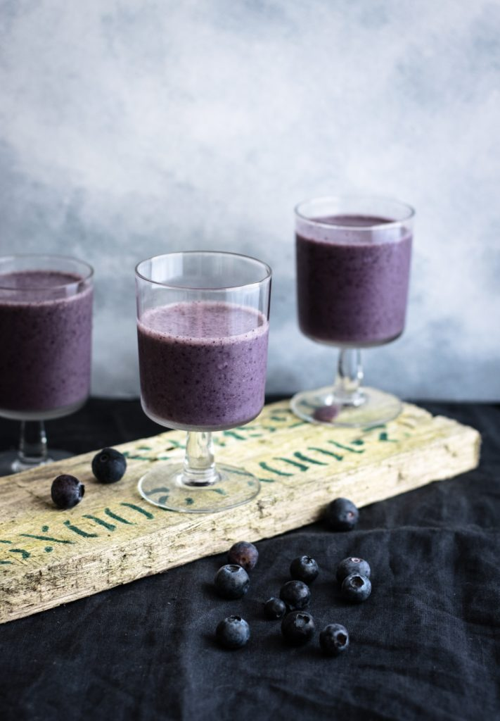Blueberry smoothies with antioxidants